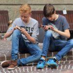 Una nuova ricerca ci svela i punti di forza e di debolezza dei giovani nel rapporto con media e tecnologia