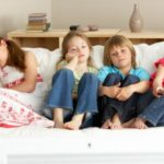 Con troppa tv il cuore dei nostri bambini è a rischio ipertensione. Uno studio dimostra che troppa televisione aumenta i pericoli di ipertensione nei bambini