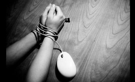 Defender a nuestros hijos de la pornografía y educarlos al uso de los media. Entrevista al Prof. Thomas Lickona