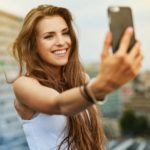 "Social networks and the ""selfie disease"": if the real problem is vanity"